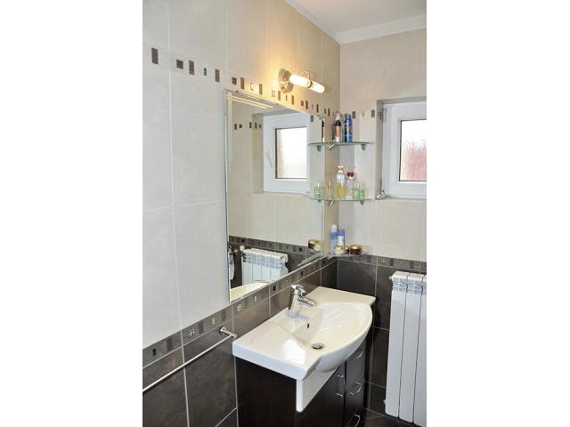 Строителни ремонти - баня, стени,тавани, настилки