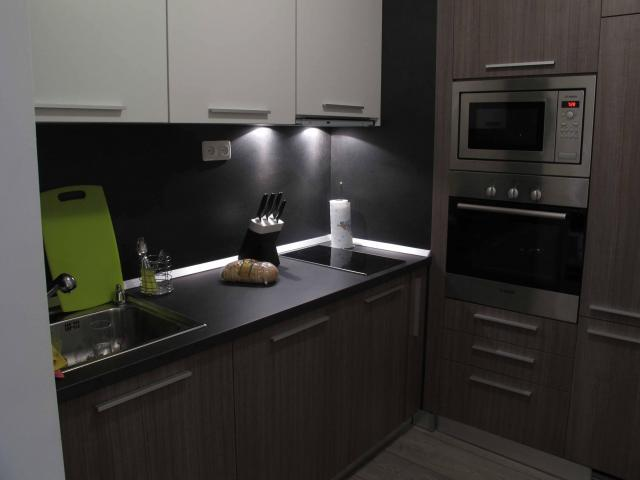 Кухни и мебели по поръчка гр.Бургас - 5